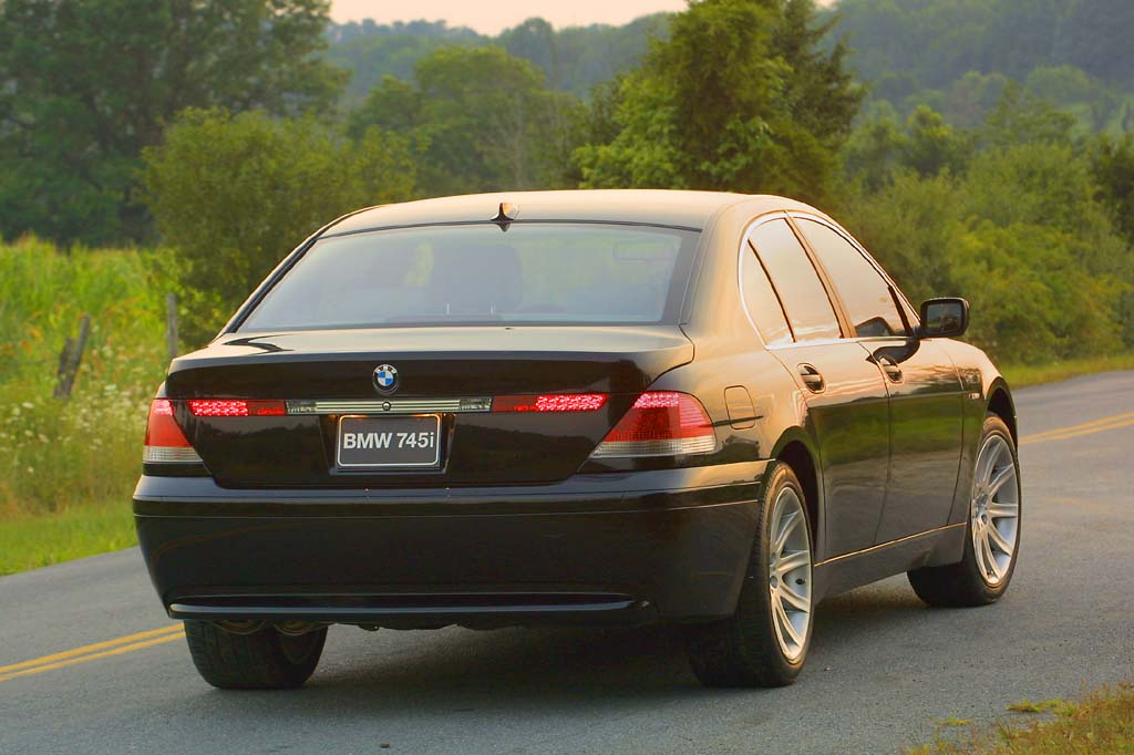 2002 08 Bmw 7 Series Consumer Guide Auto
