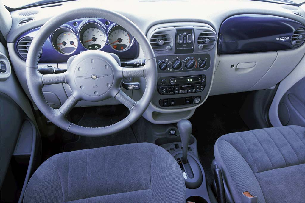 2001 10 chrysler pt cruiser consumer guide auto. Black Bedroom Furniture Sets. Home Design Ideas