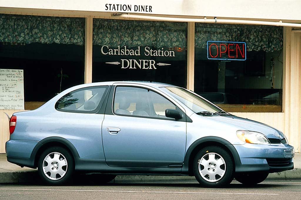 Superior 2000 Toyota Echo 2 Door Coupe