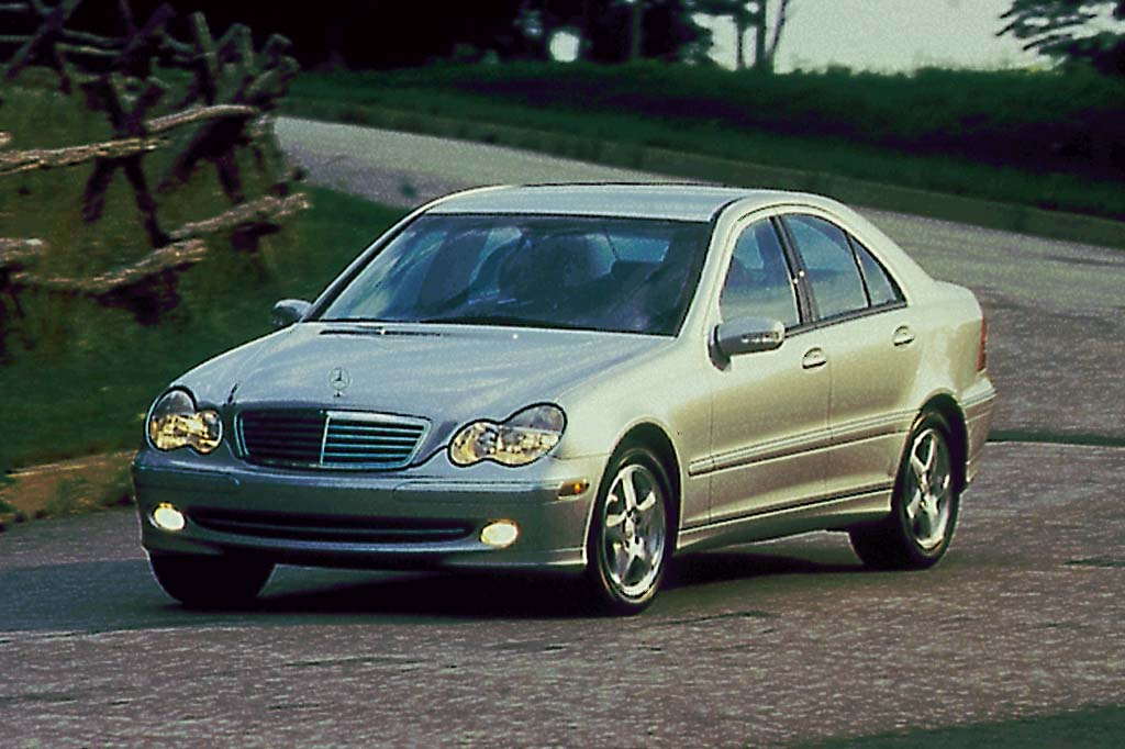 2001 07 mercedes benz c class consumer guide auto for Mercedes benz 2002 c240 price