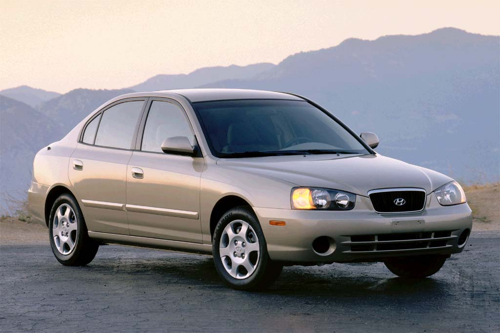 2001 Hyundai Elantra 4 Door Sedan