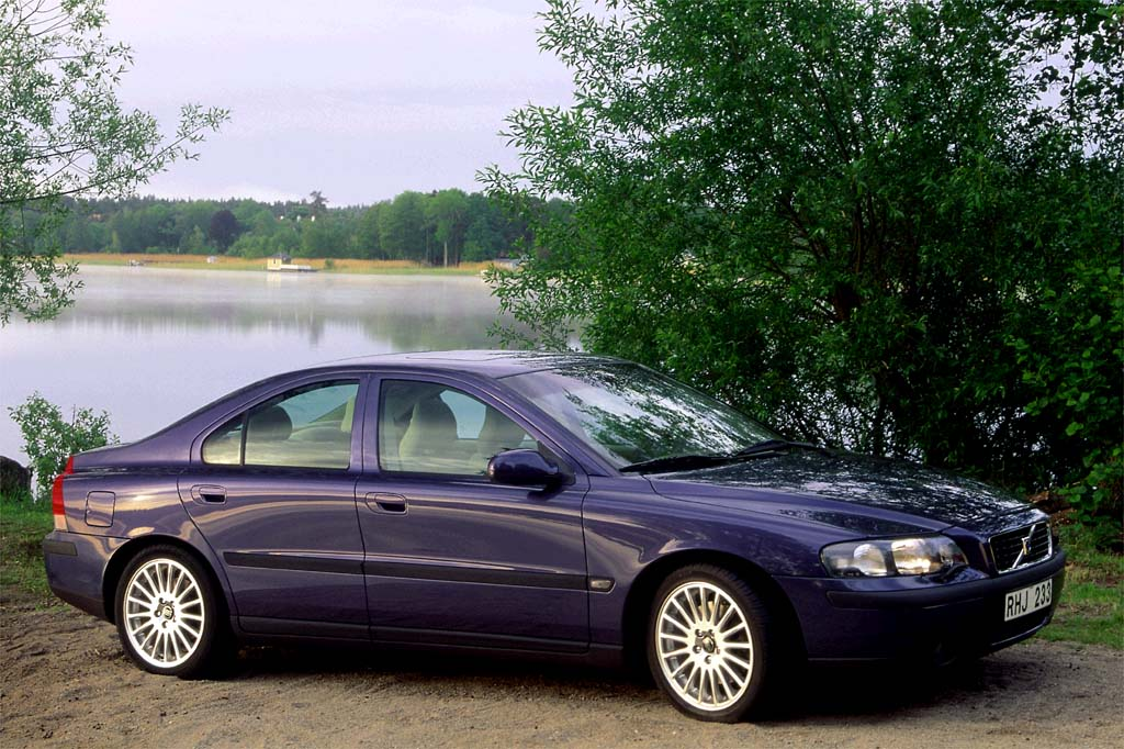 Volvo Certified Pre Owned >> 2001-09 Volvo S60 | Consumer Guide Auto