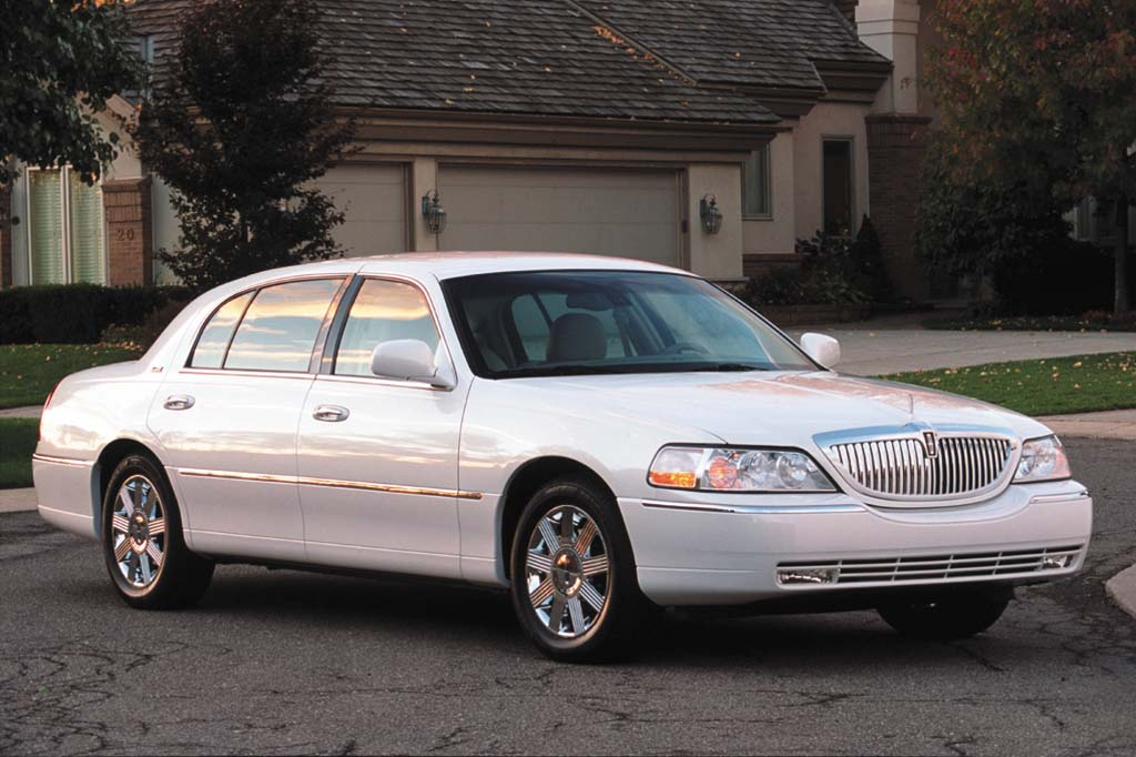 Is The Lincoln Town Car Front Wheel Drive