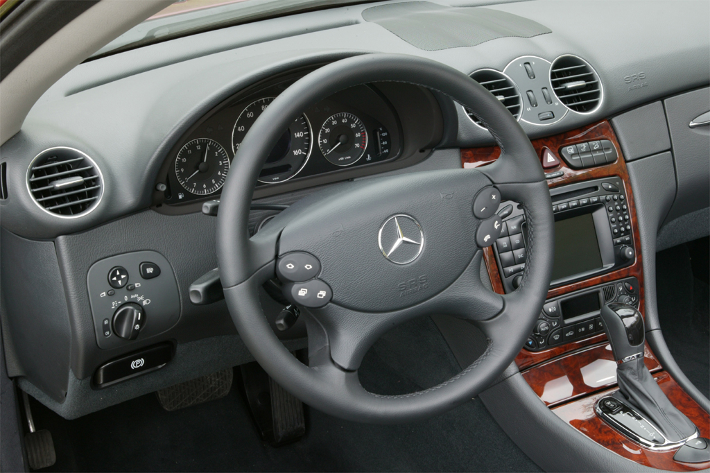 04603251990007 2003 09 mercedes benz clk consumer guide auto  at fashall.co