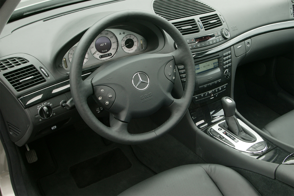 2003 09 mercedes benz e class consumer guide auto for Mercedes benz e class 2003 price