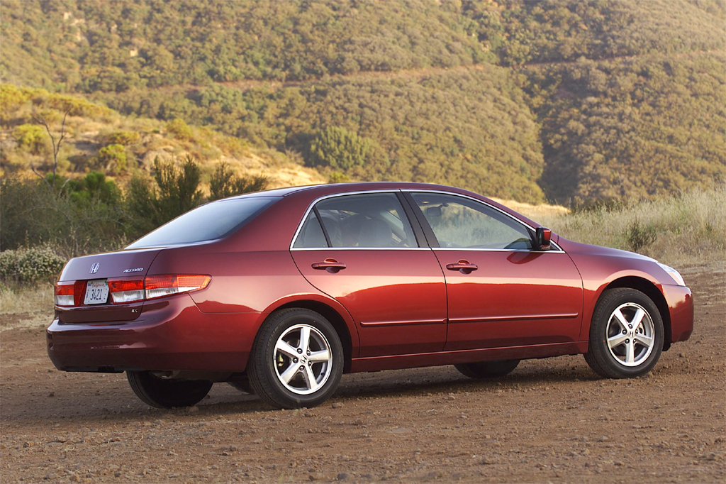 Honda Accord 2014 Coupe V6 >> 2003-07 Honda Accord | Consumer Guide Auto