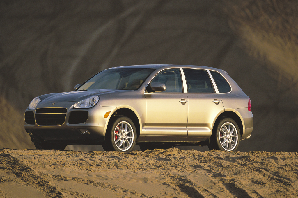 05605141990003 2003 07 porsche cayenne consumer guide auto 2004 Porsche Cayenne Twin Turbo at aneh.co