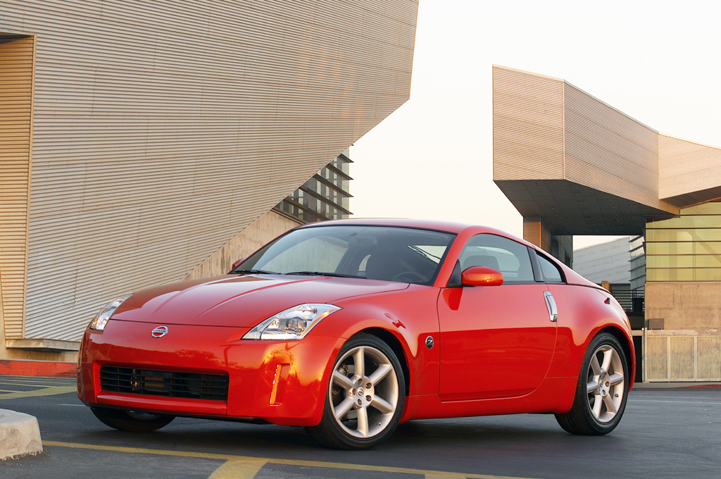 2003 09 nissan 350z consumer guide auto 2005 nissan 350z sciox Image collections