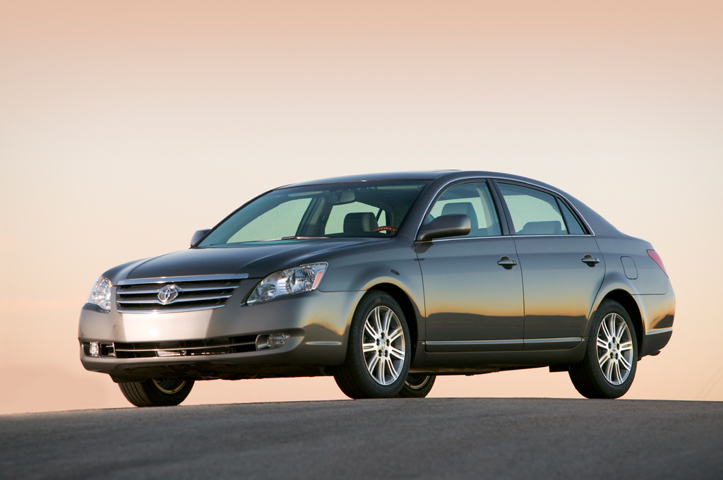 Best Extended Auto Warranty >> 2005-10 Toyota Avalon | Consumer Guide Auto