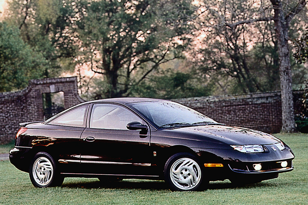 1997 02 Saturn Coupe Consumer Guide Auto