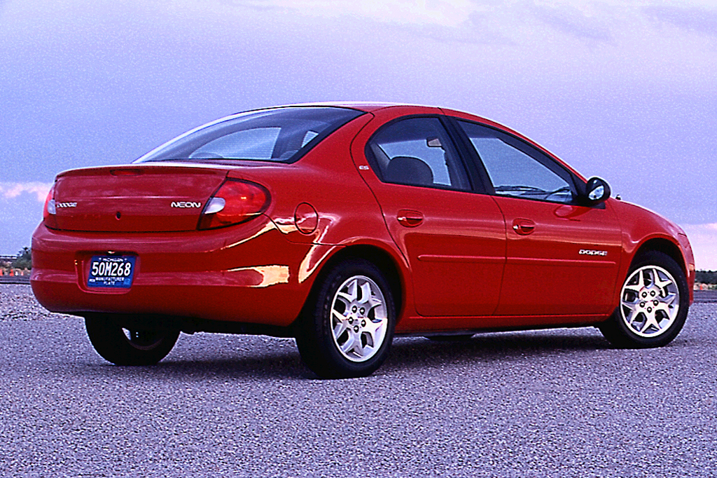 2000 05 dodge neon consumer guide auto rh consumerguide com 2001 dodge neon manual window regulator 2001 dodge neon owners manual