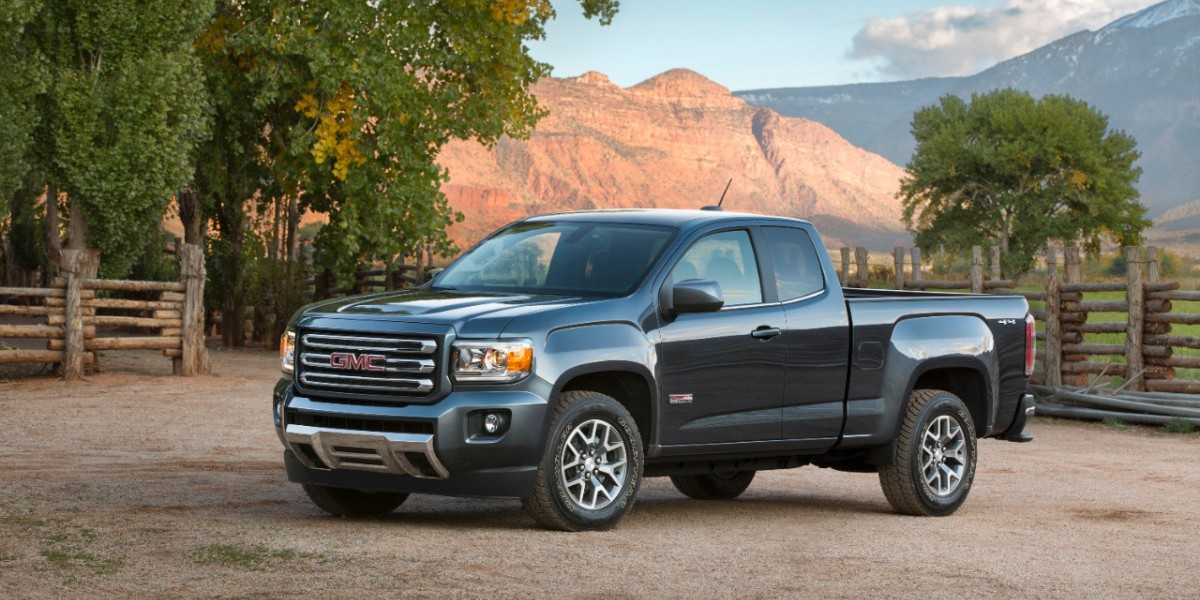2015-GMC-Canyon-AT-Triple-Sealed-Inlaid-Doors-002-medium