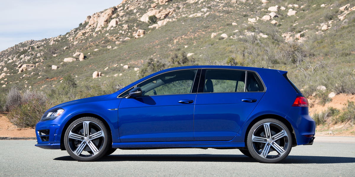 2016 volkswagen golf r consumer guide auto. Black Bedroom Furniture Sets. Home Design Ideas