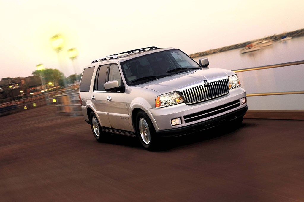 2003 14 lincoln navigator consumer guide auto. Black Bedroom Furniture Sets. Home Design Ideas