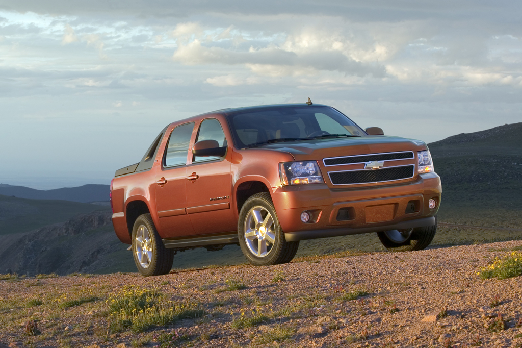 Used Chevy Avalanche >> 2007-13 Chevrolet Avalanche | Consumer Guide Auto