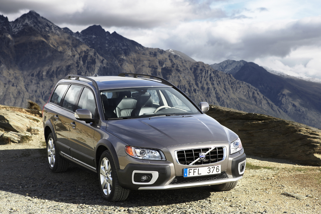 car release specs and review price volvo