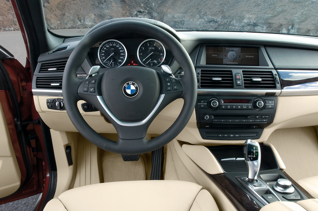 2008 14 bmw x6 consumer guide auto for Interieur x6