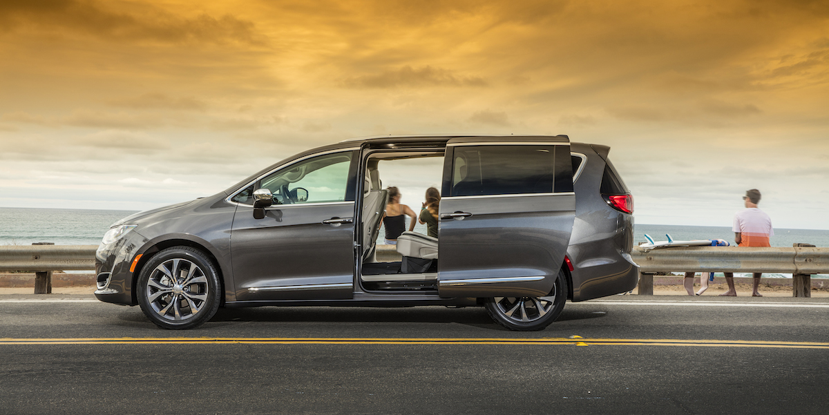 2017 chrysler pacifica best buy review consumer guide auto. Cars Review. Best American Auto & Cars Review