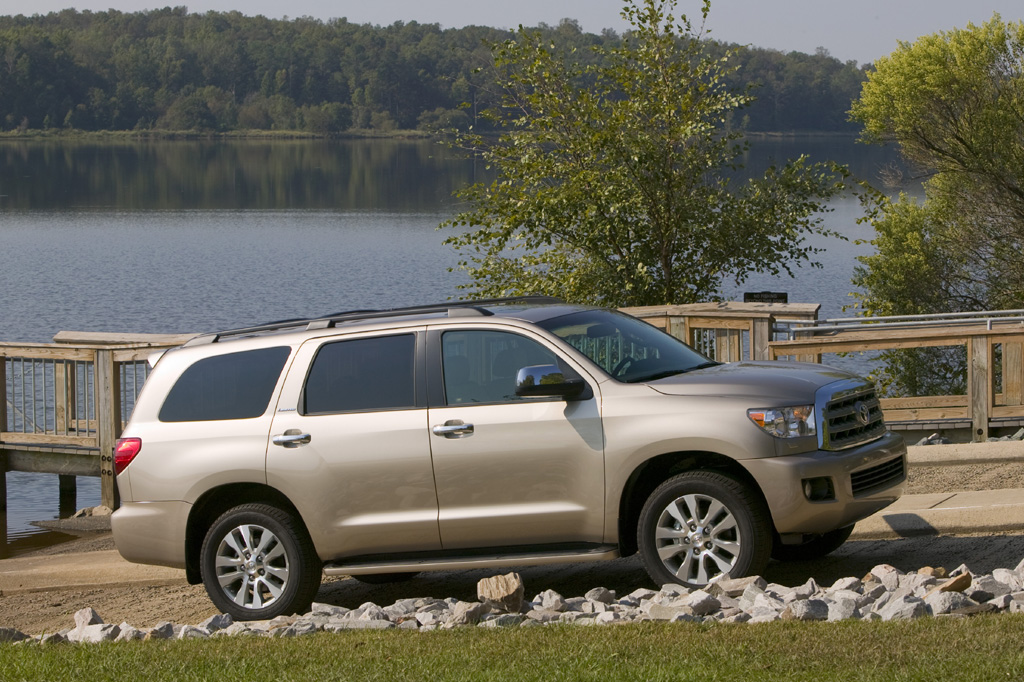 2008 15 toyota sequoia consumer guide auto. Black Bedroom Furniture Sets. Home Design Ideas