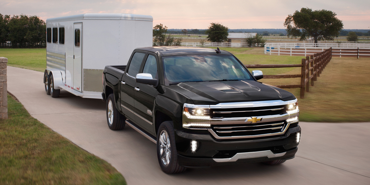 2018 Chevrolet Silverado Best Buy Review | Consumer Guide Auto