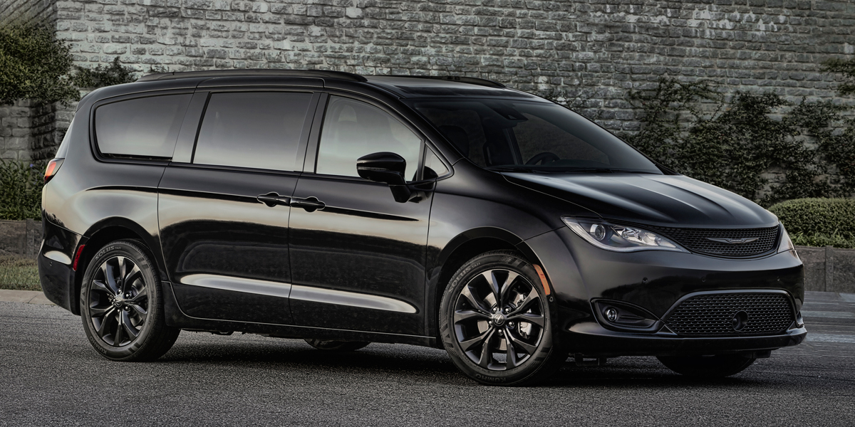 2018 Chrysler Pacifica Best Buy Review | Consumer Guide Auto