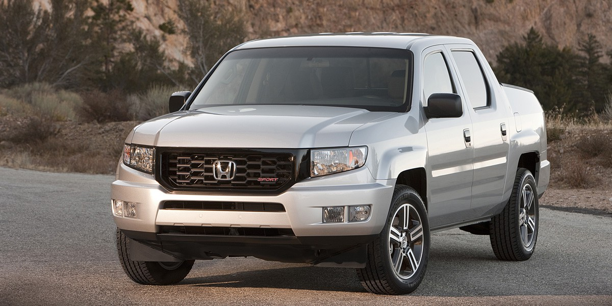 2014 honda ridgeline review consumer guide auto. Black Bedroom Furniture Sets. Home Design Ideas