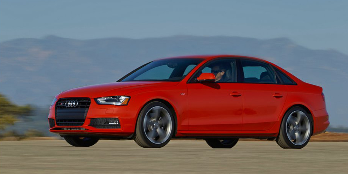 news-2014-Audi-S4-sedan-exterior-beauty-004