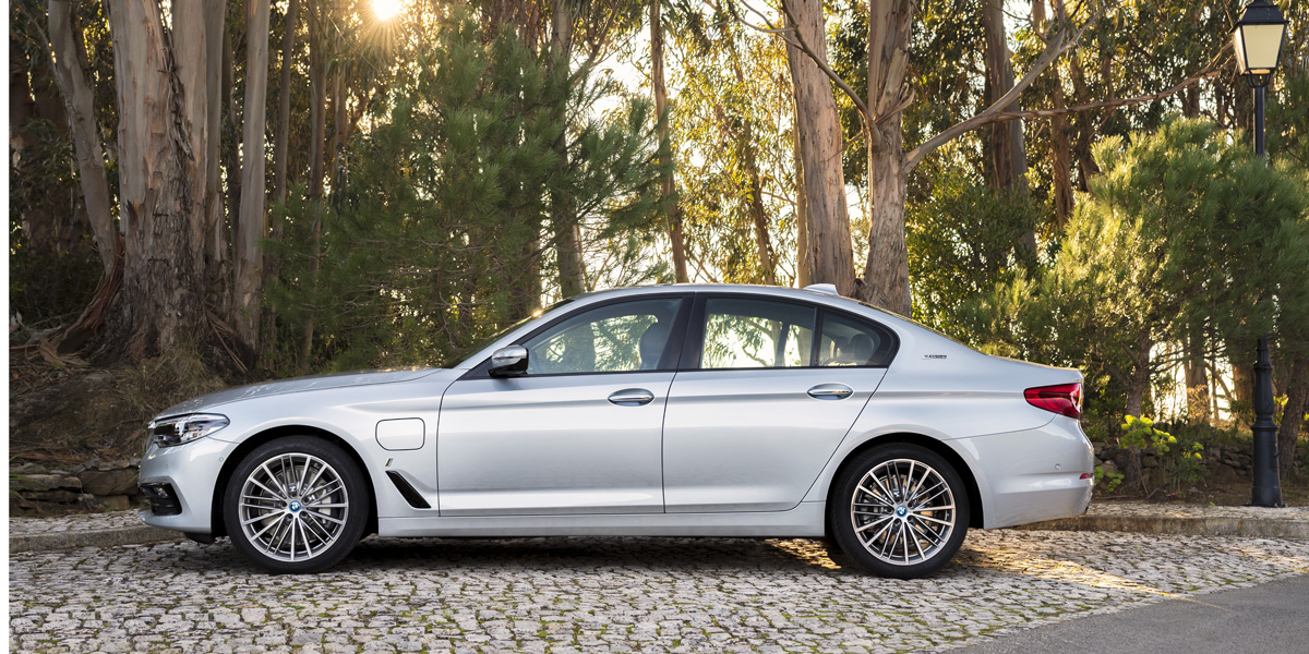 BMW 5-Series 530e Plug-in Hybrid