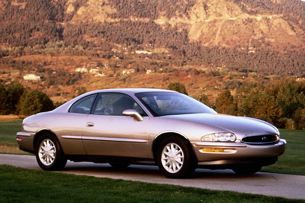on 1999 Buick Lesabre Engine