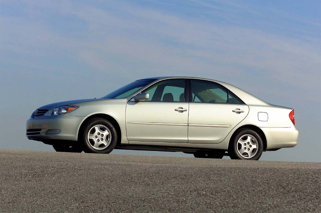 Toyota Build And Price >> 2002-06 Toyota Camry | Consumer Guide Auto