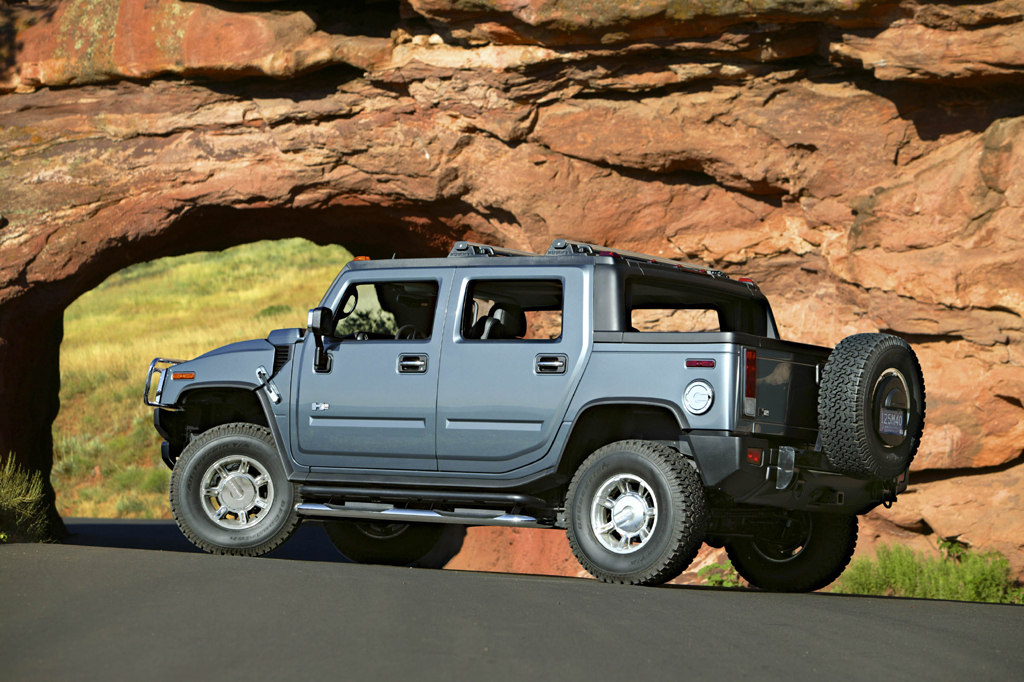 Z Toyota Tundra Crewmax Off Road furthermore Bhummer Bh Bcar Bstereo Bwiring Bdiagram moreover X Hm H together with Aa Ccd further Thumbs B. on hummer sut towing capacity