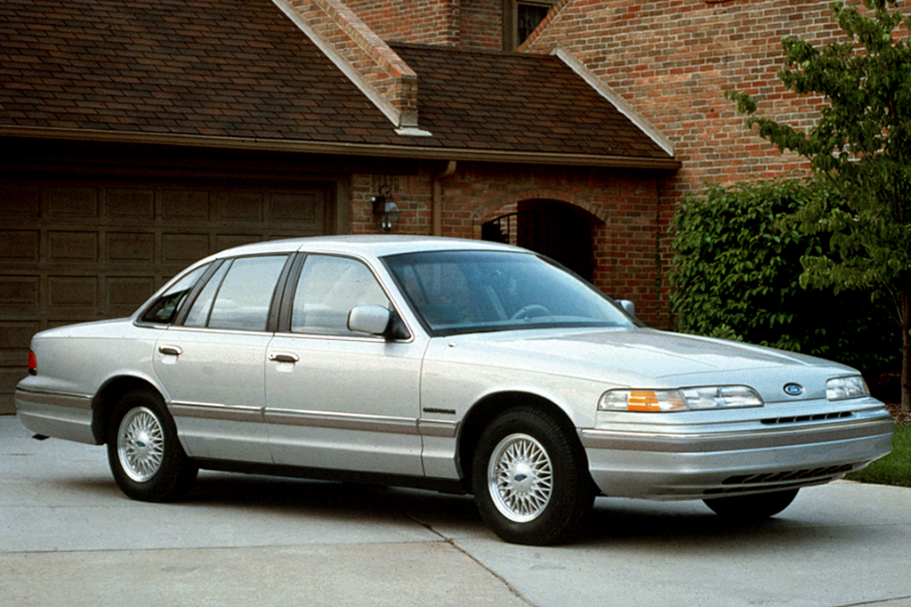 1992-07 Ford Crown Victoria | Consumer Guide Auto