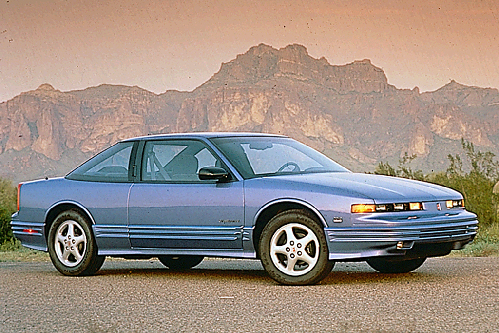 1990 97 oldsmobile cutlass supreme consumer guide auto 1990 97 oldsmobile cutlass supreme