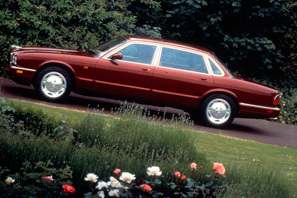 1995 03 Jaguar Xj Sedan Xj Series Consumer Guide Auto
