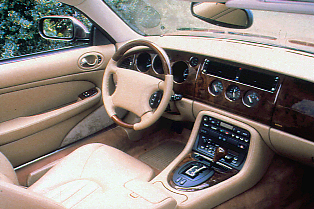1997-06 Jaguar XK8/XK Series | Consumer Guide Auto on