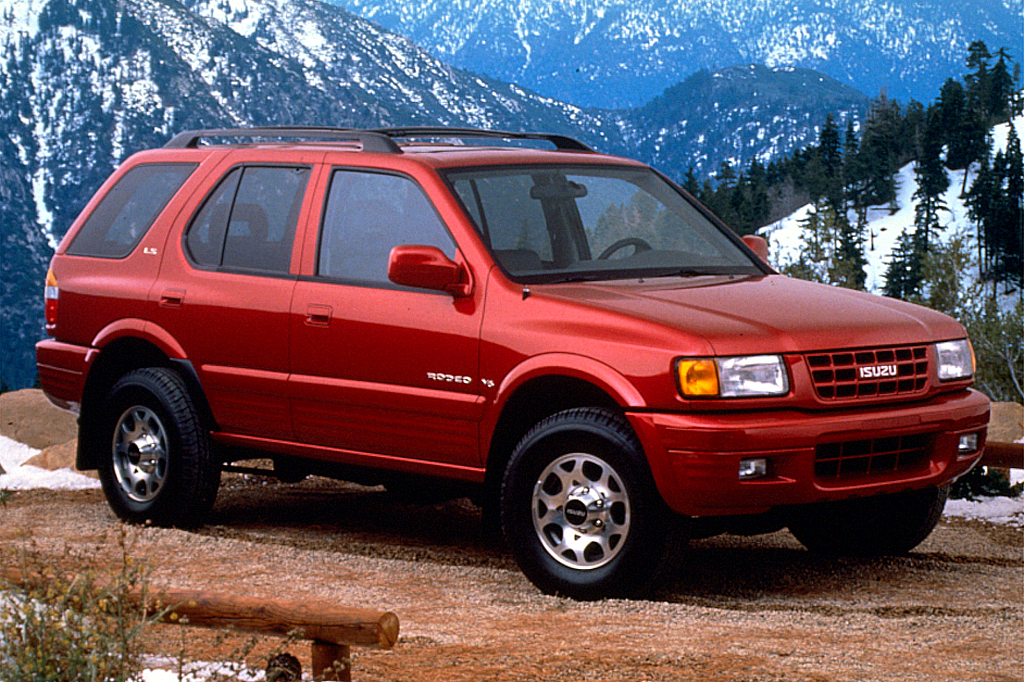 1998-04 Isuzu Rodeo | Consumer Guide Auto on rodeo toys, rodeo equipment, rodeo rodeo, rodeo bar, rodeo boxers, rodeo cover, rodeo gear, rodeo silhouette, rodeo ring, rodeo furniture, rodeo chaps, rodeo helmet, rodeo vest, rodeo horse, rodeo rope, rodeo tack, rodeo vehicle, rodeo belt, rodeo backpack,