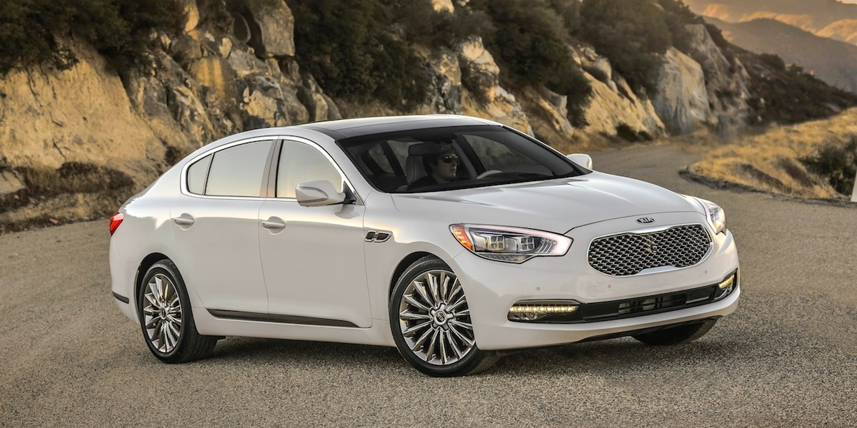 2016 Kia K900 Best Buy