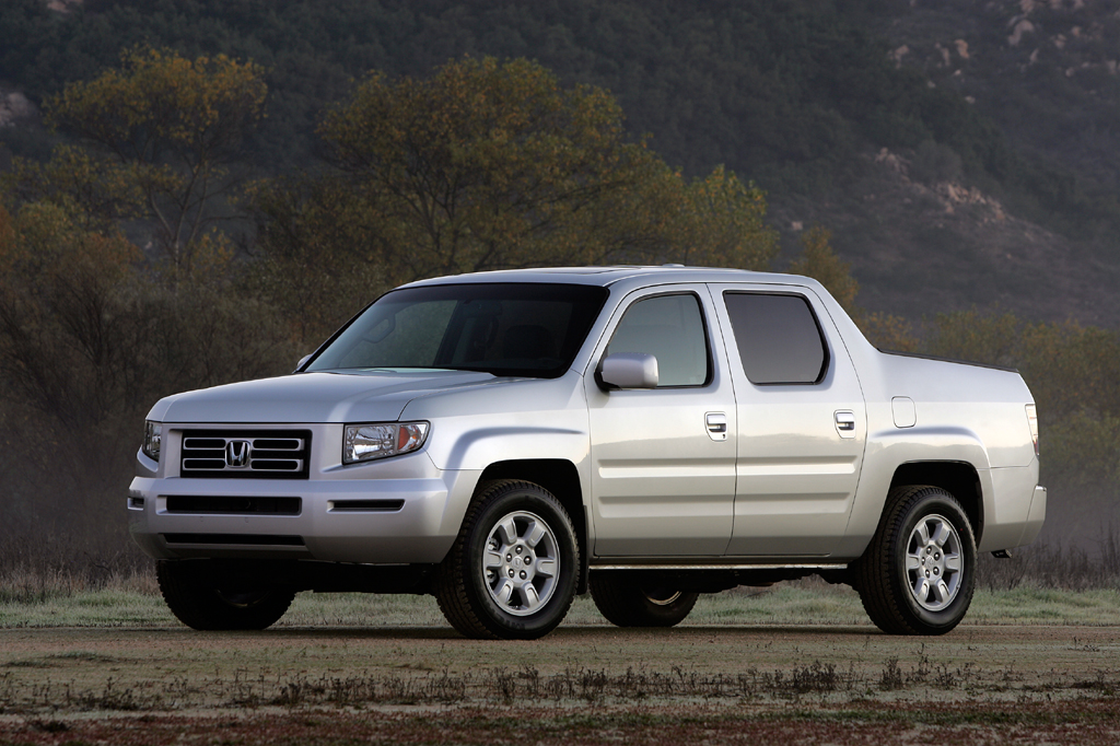 2006 14 honda ridgeline consumer guide auto. Black Bedroom Furniture Sets. Home Design Ideas