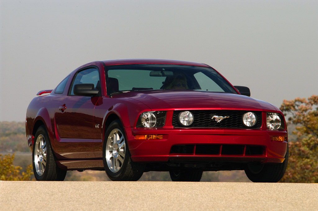 2005 14 Ford Mustang
