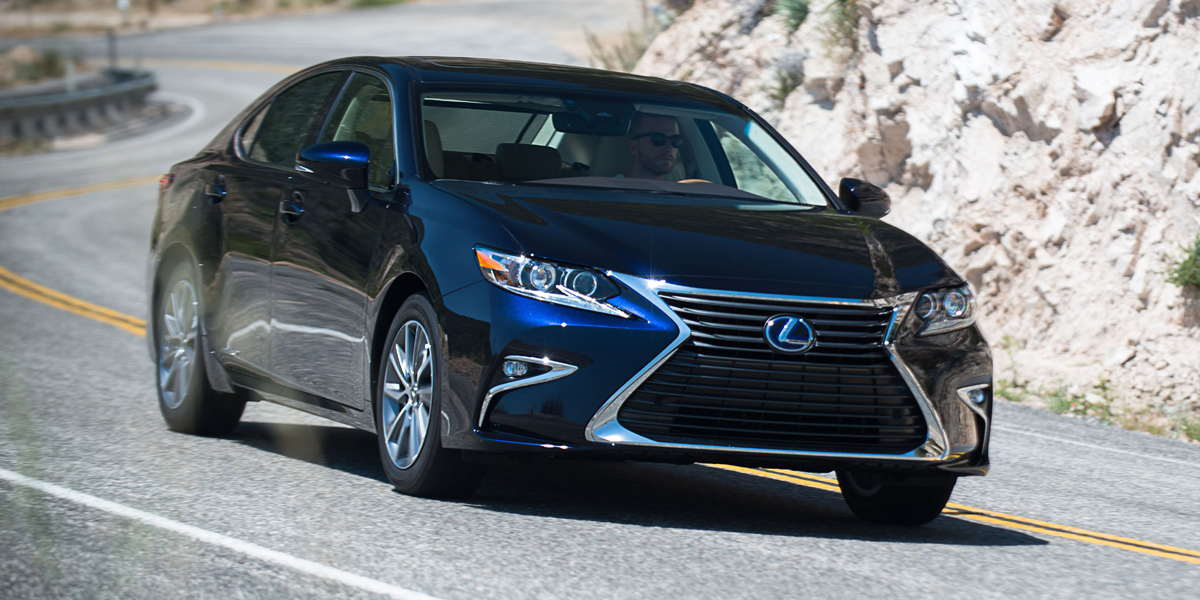 Certified Pre Owned Lexus >> 2018 Lexus ES Best Buy Review | Consumer Guide Auto