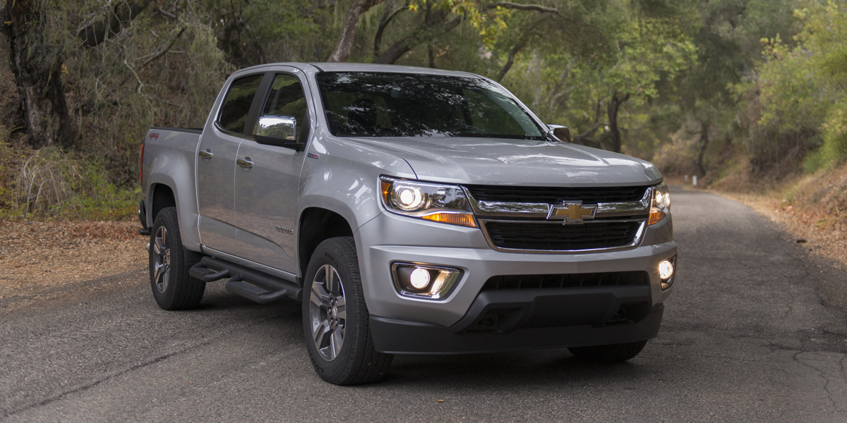 2019 Chevrolet Colorado Best Buy Review | Consumer Guide Auto
