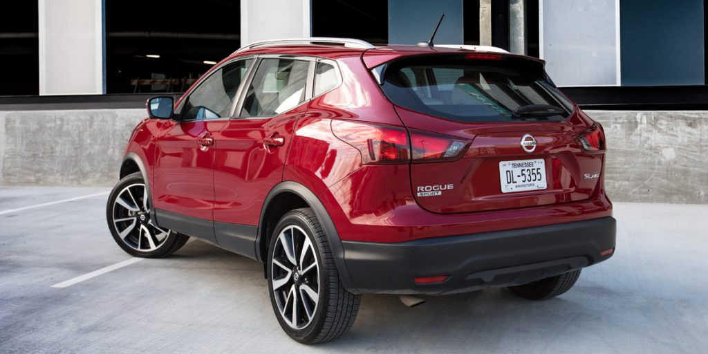 2019 Nissan Rogue Sport Best Buy Review | Consumer Guide Auto