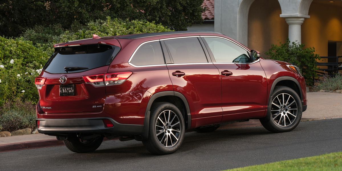 2019 Toyota Highlander Best Buy Review Consumer Guide Auto